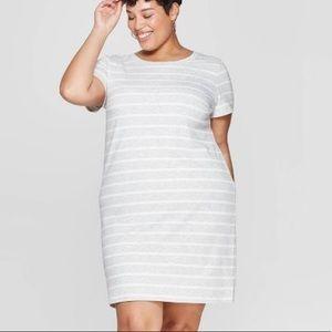 NWT Ava & Viv gray and white T-shirt dress